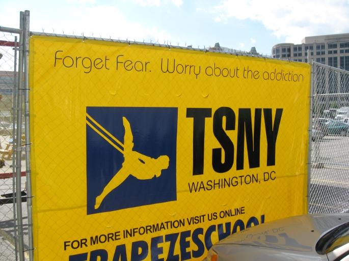 Trapeze Fly School